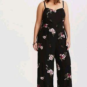 Floral jumper size 3 torrid